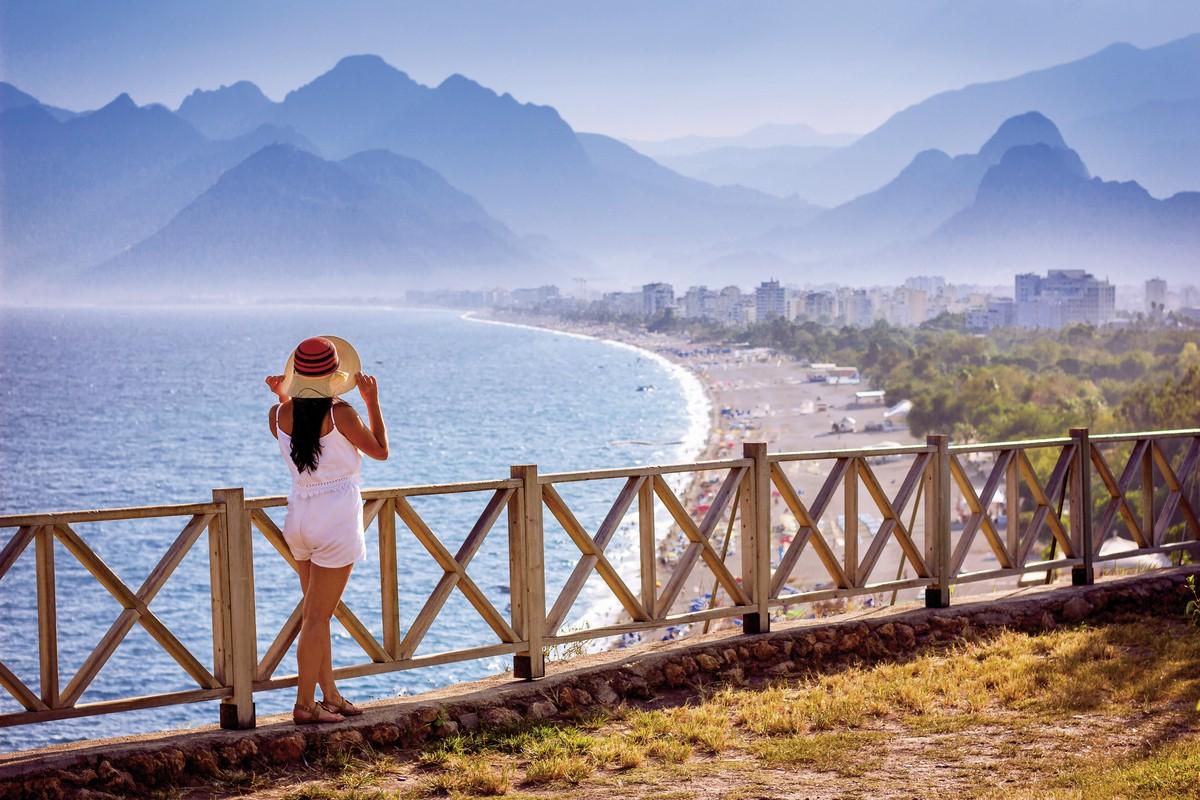 Aydinbey Famous Resort, Belek: - Helvetic Tours