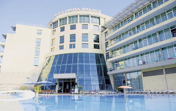 Gunstige Hotel Angebote Von Billa Reisen
