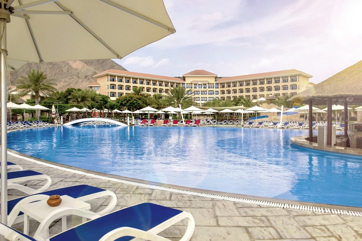 Kuoni Reisen Fujairah Rotana Resort Spa Fujairah Helvetic Tours
