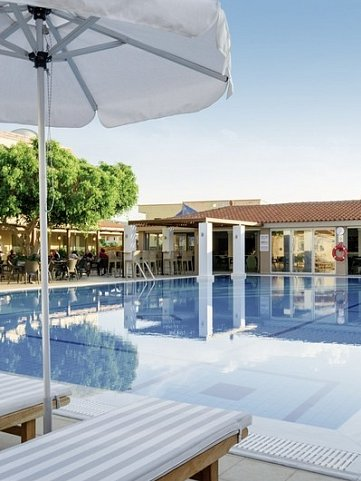 COOEE Lavris Hotel & Spa