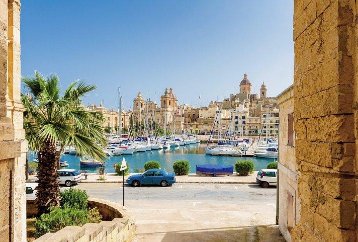Mittelmeer – Kreuzfahrt – MSC Grandiosa | Westliches ...